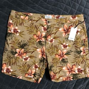 Goodfellow & Co Flat Front Floral Shorts